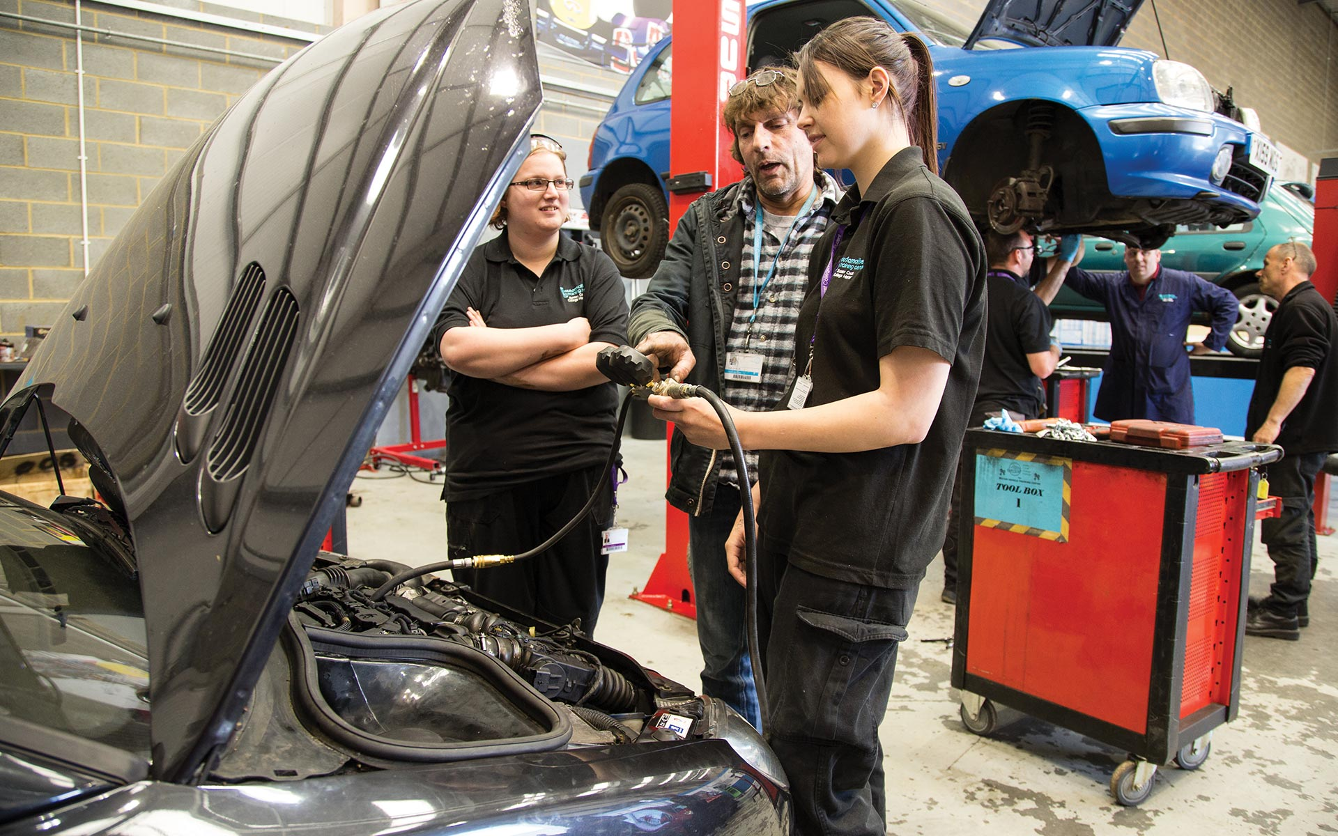 Automotive Training Centre is a fantastic garage in Hastings to perfect your automotive knowledge using Snap-on-tools