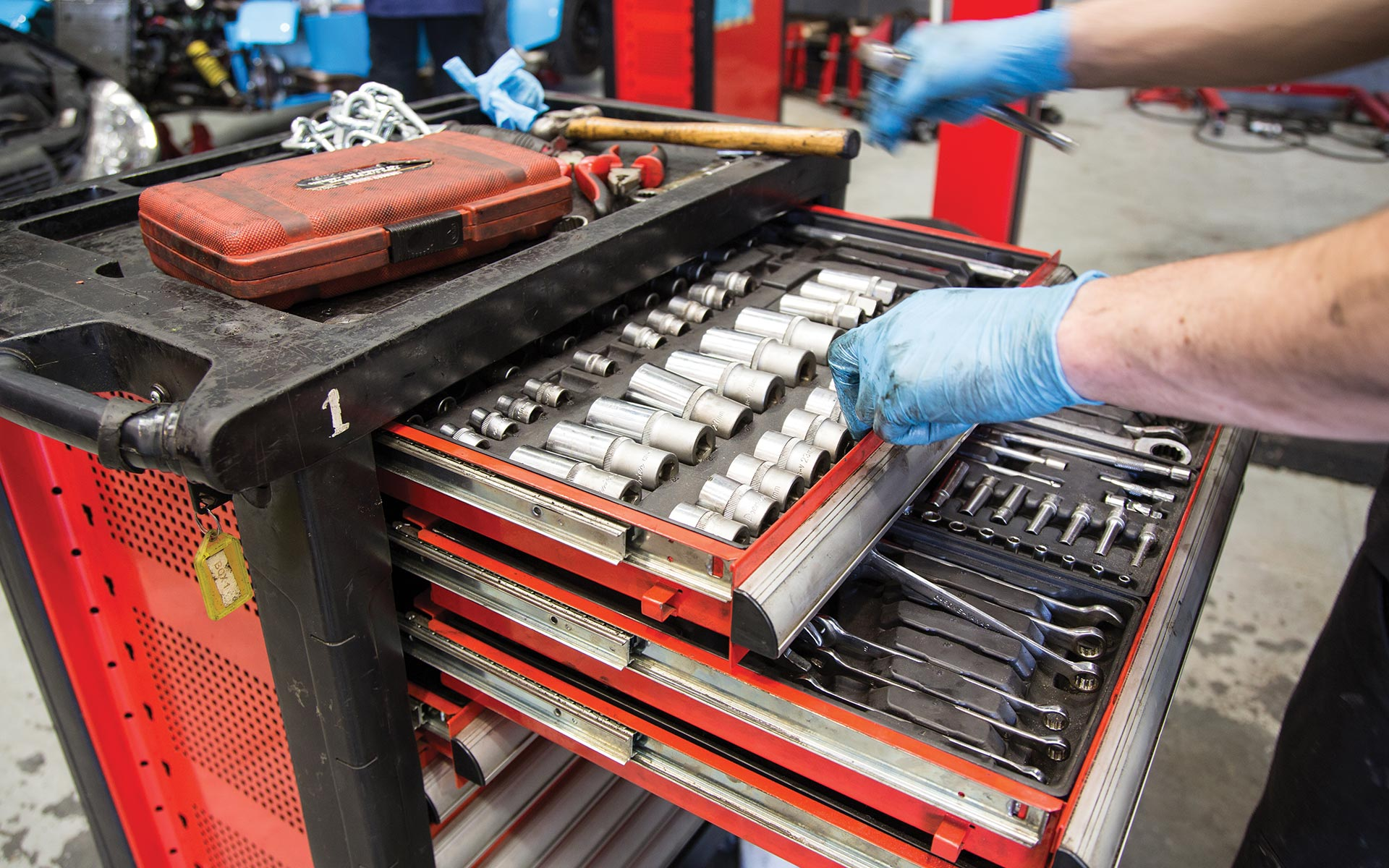 Our Automotive Training Centre is kitted out with industry standard snap on tools to help you perfect your skills.